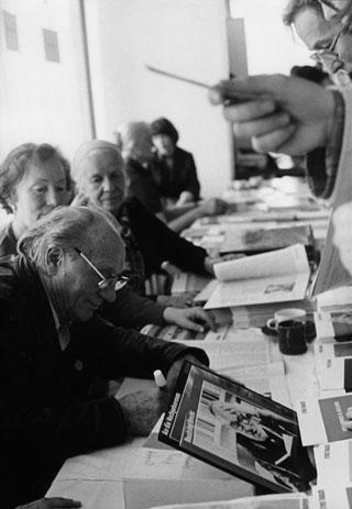 Autogrammstunde mit Ernst Busch