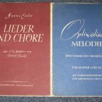 Zwei Noten-Hefte aus dem Verlag Lied der Zeit