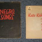 Zwei Liederhefte bei Lied der Zeit